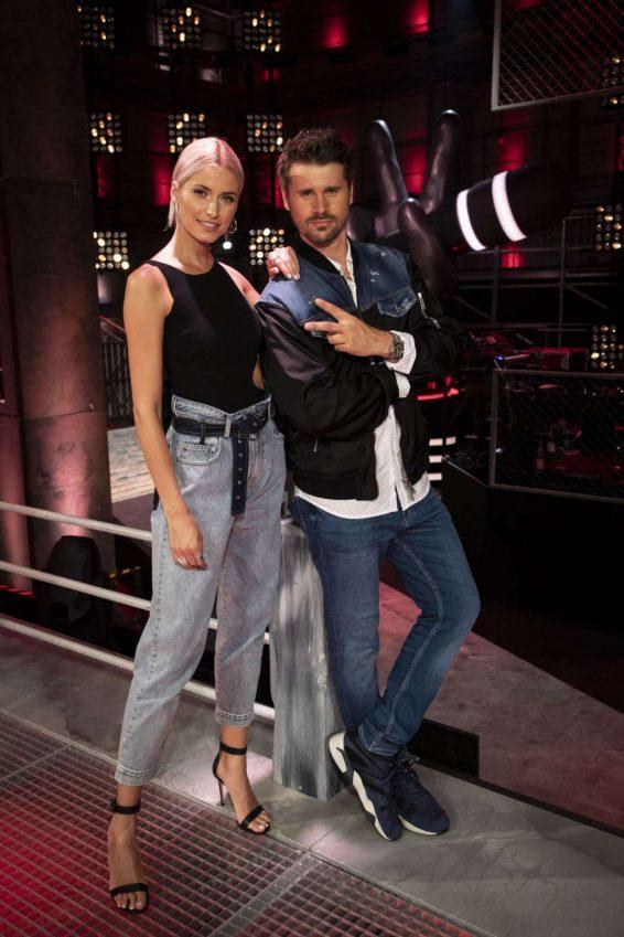 Lena Gercke 2019 : Lena Gercke – The Voice of Germany Promos-01