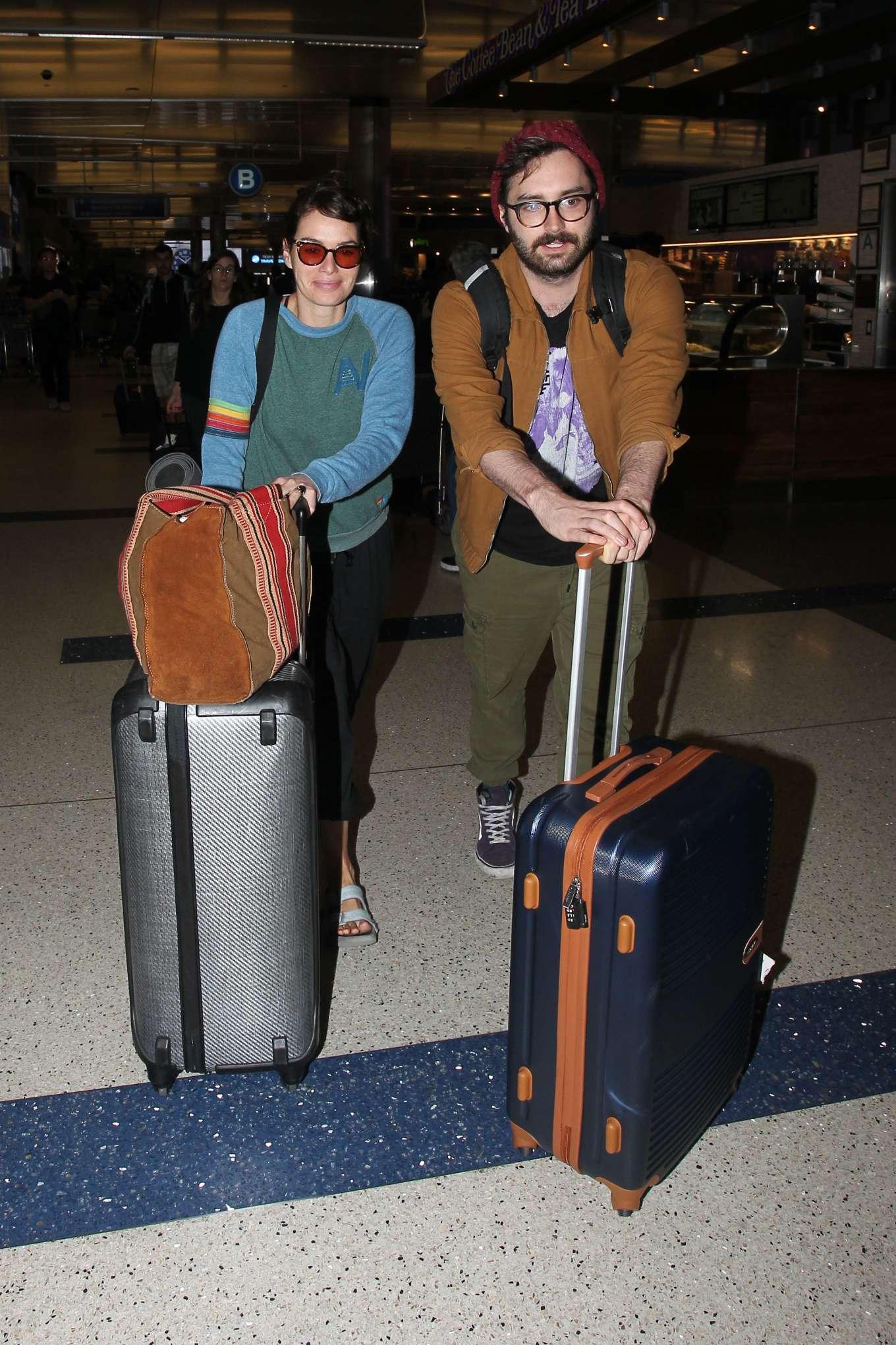 Lena Headey 2019 : Lena Headey – Arriving at LAX airport in LA-11