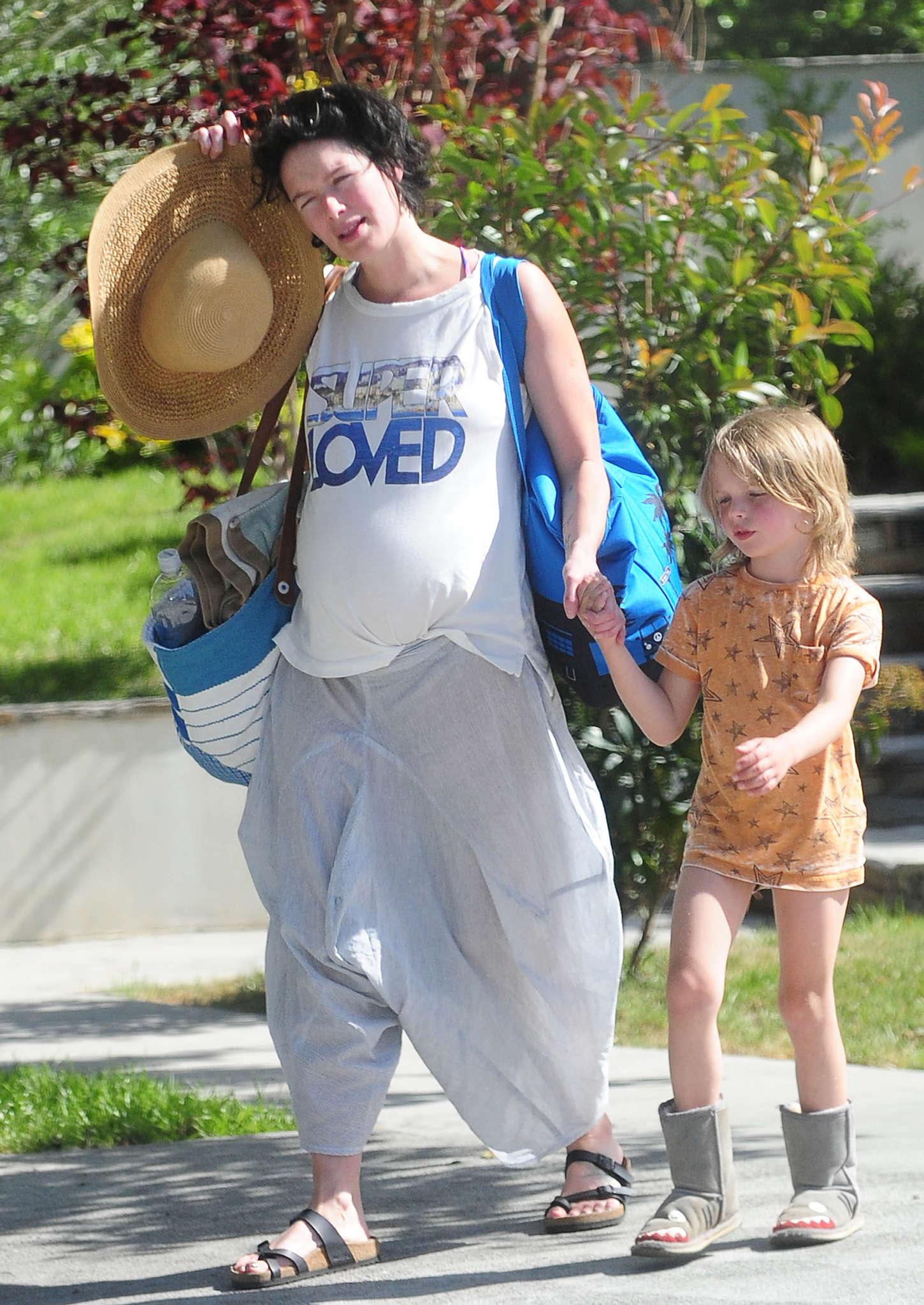 Lena Headey 2015 : Lena Headey: Leaving a pool party with her son -03