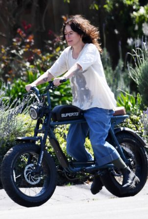 Lena Headey - Seen on a electric motorbike in Los Angeles