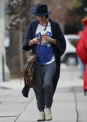Lena Headeyout in Los Angeles -07