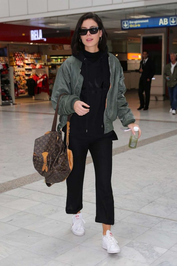Lena Meyer-Landrut at Nice Airport