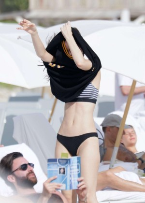 Lena Meyer-Landrut: Wearing Bikini on Vacation at a Beach in Miami (adds)-11
