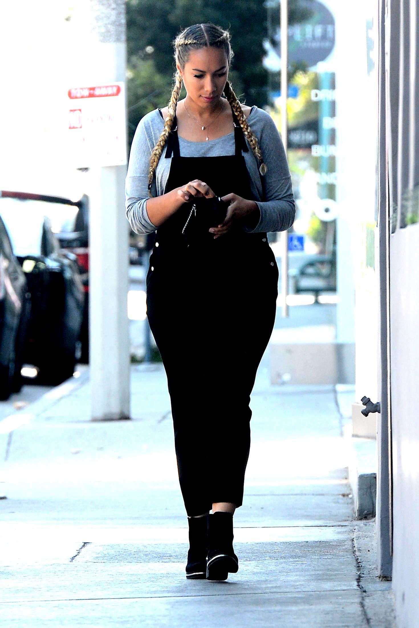 Leona Lewis 2016 : Leona Lewis at Crossroads in Los Angeles -07