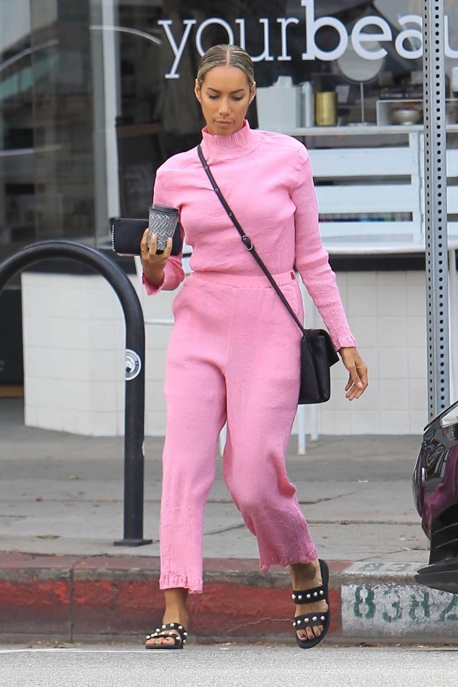 Leona Lewis - Leaves a Detox Market in Los Angeles