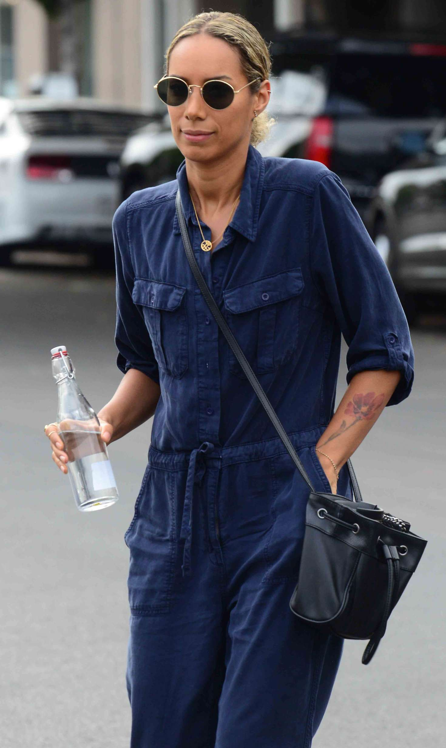 Leona Lewis - Leaving a hair salon in West Hollywood