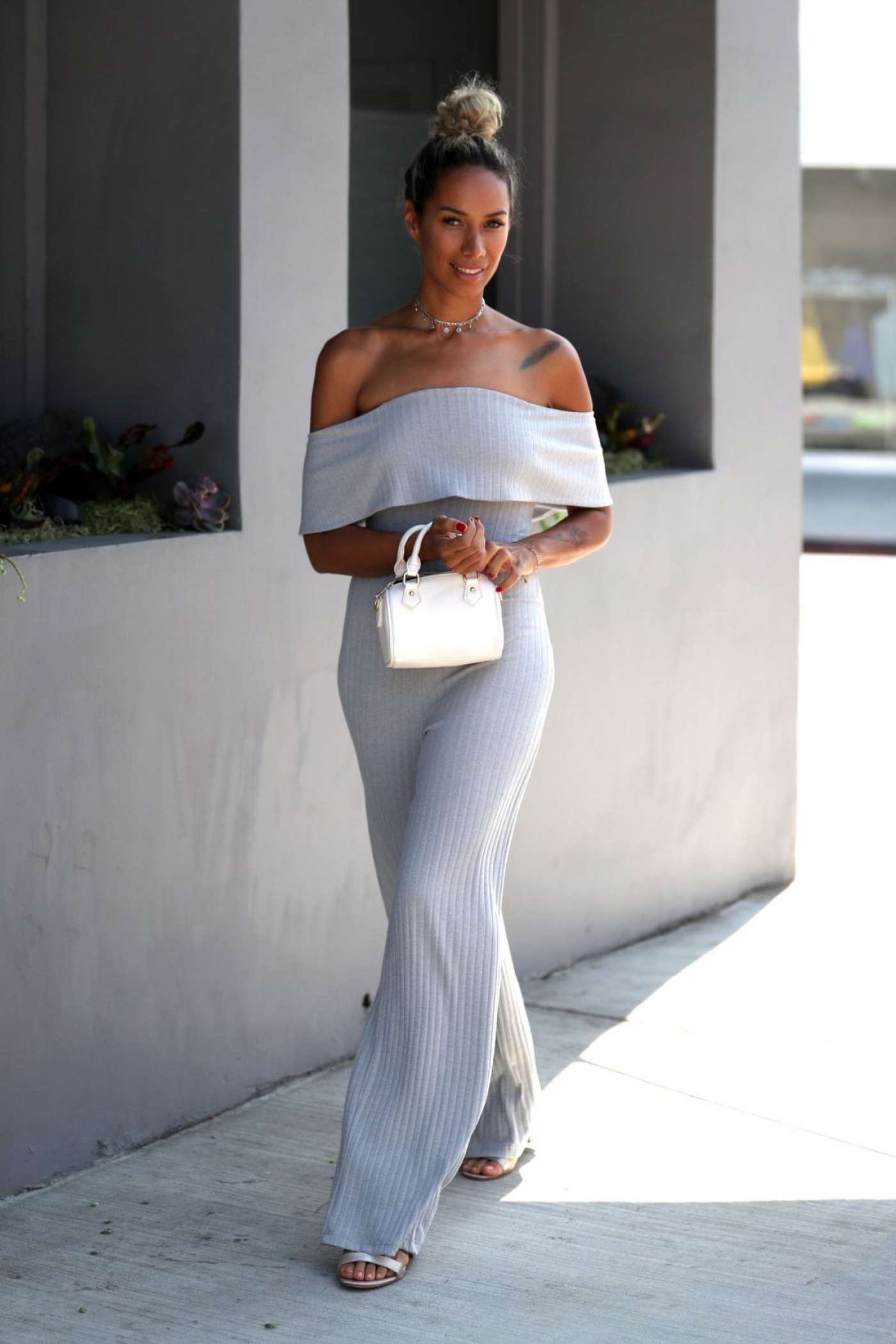 Leona Lewis 2017 : Leona Lewis Out in West Hollywood -08