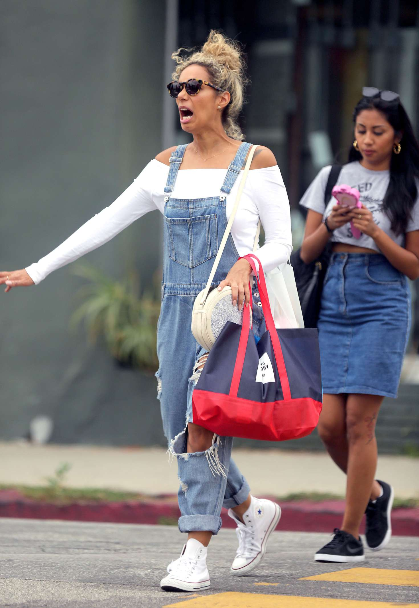 Leona Lewis 2016 : Leona Lewis out shopping in Los Angeles -02