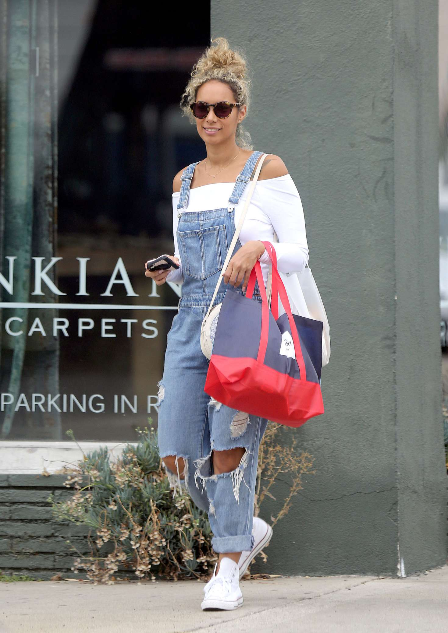 Leona Lewis 2016 : Leona Lewis out shopping in Los Angeles -13