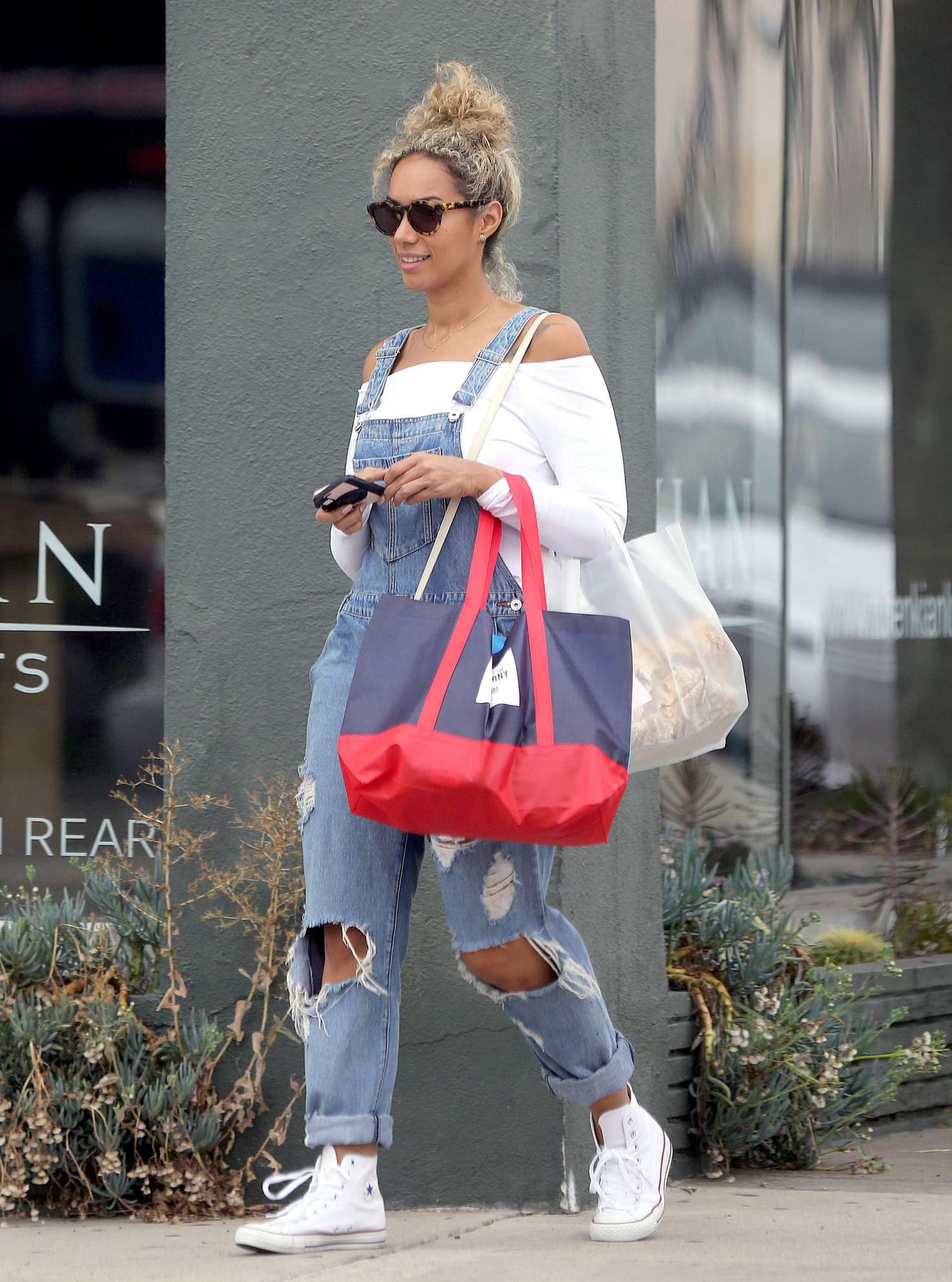 Leona Lewis 2016 : Leona Lewis out shopping in Los Angeles -24