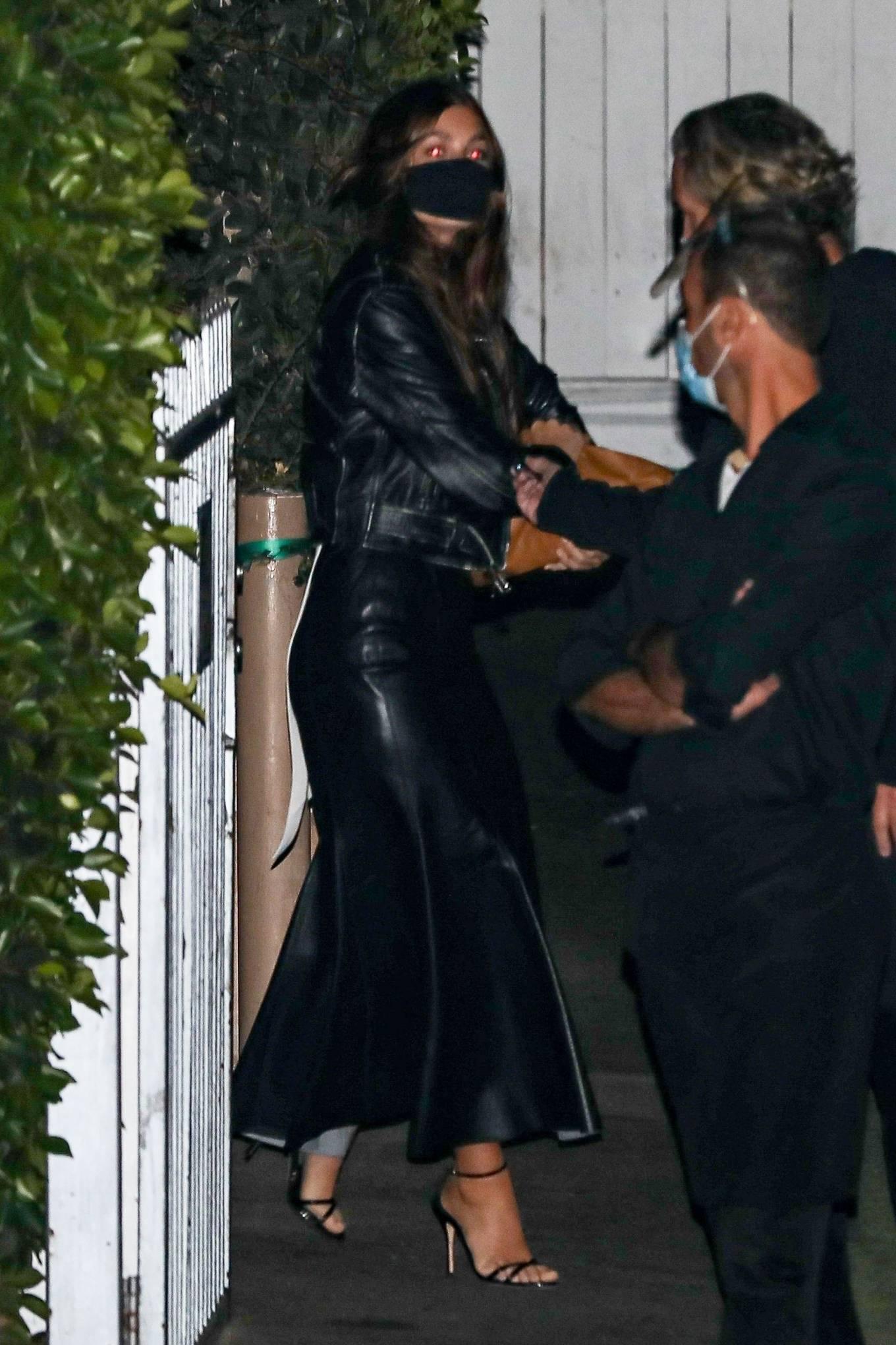 Camila Morrone 2020 : Leonardo DiCaprio and Camila Morrone – Seen with friends at Giorgio Baldi-02