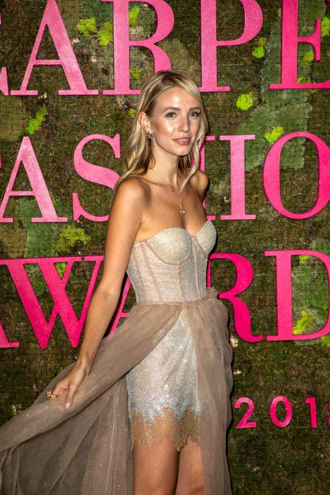 Leonie Hanne - Green Carpet Fashion Awards 2018 in Milan