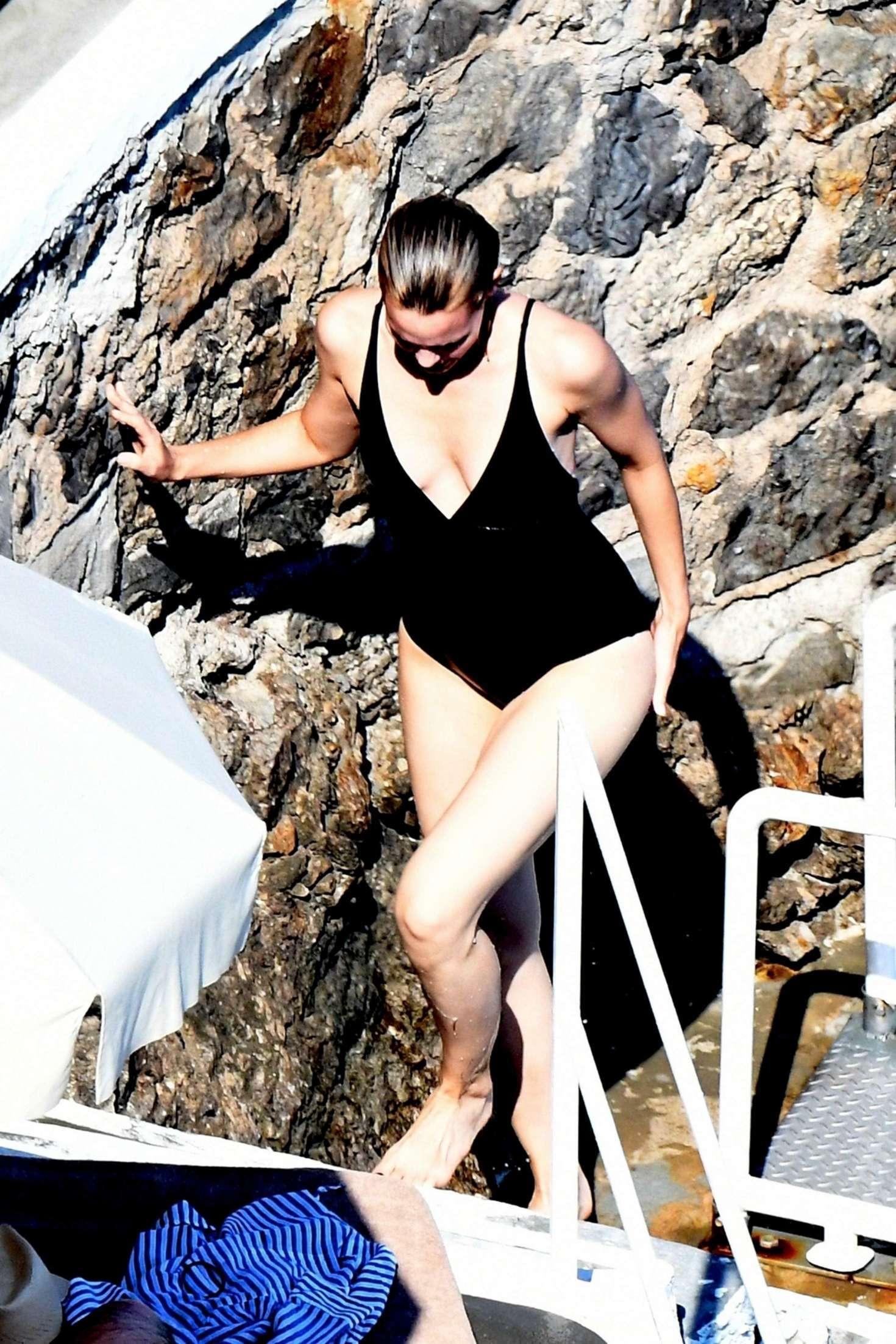 bikini Leslie bibb