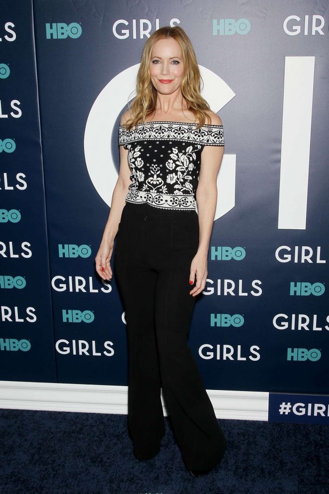 Leslie Mann - 'Girls' Final Season Premiere in New York City