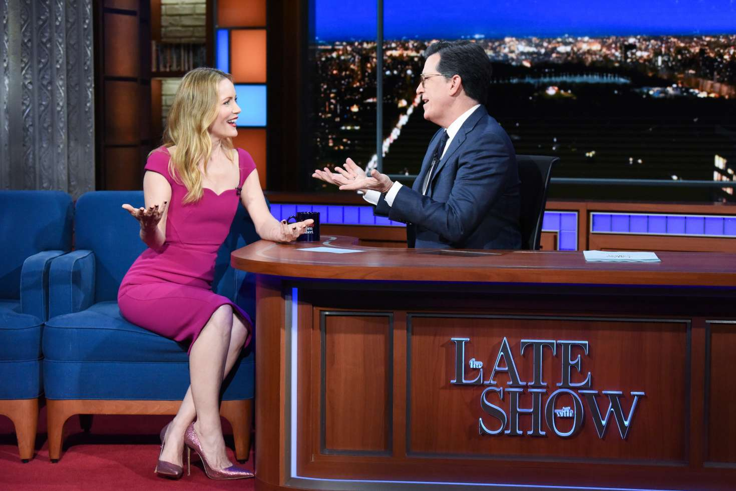 Leslie Mann 2018 : Leslie Mann on The Late Show With Stephen Colbert -01