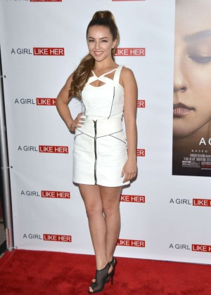 Lexi Ainsworth  A Girl Like Her Premiere -04