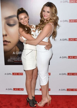 Lexi Ainsworth  A Girl Like Her Premiere -07