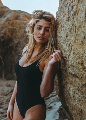 Lia Marie Johnson in Swimsuit -04