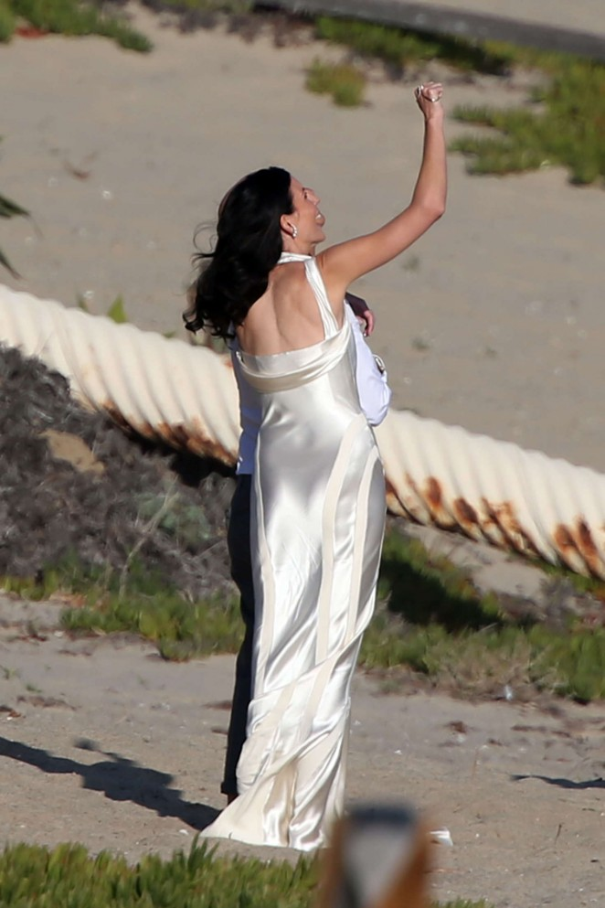 Liberty Ross at her wedding ceremony -24