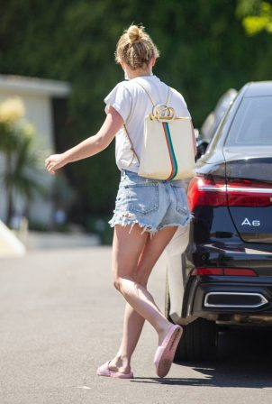 Lili Reinhart in Jeans Shorts - Goes house hunting in Los Angeles
