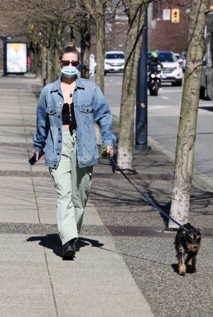 Lili Reinhart - Out in Vancouver