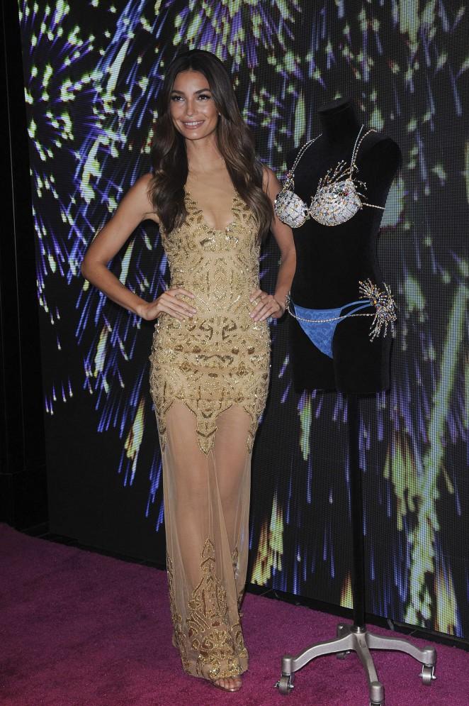 Lily Aldridge: 2015 Victorias Secret Fireworks Fantasy Bra ...
