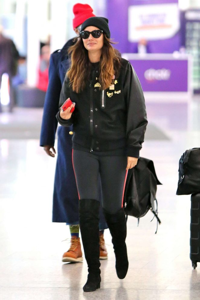 Lily Aldridge at Toronto Pearson International Airport in Toronto