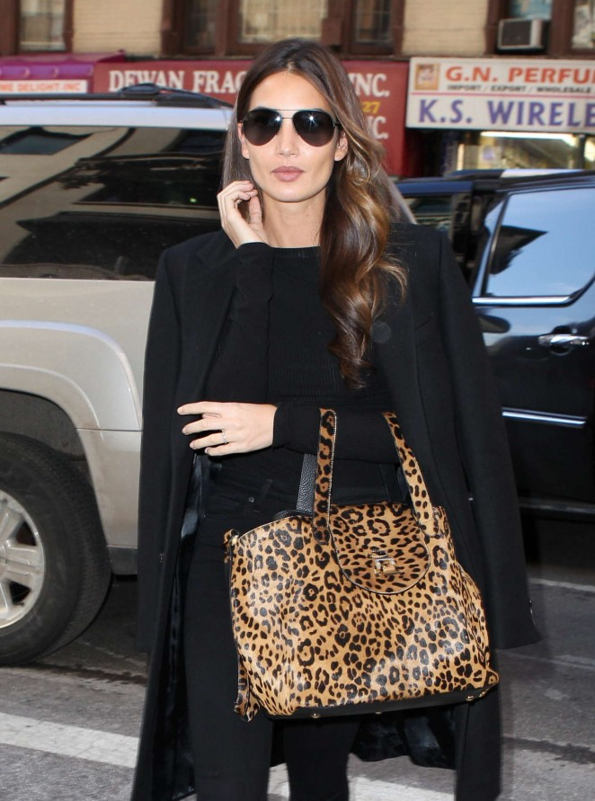 Lily Aldridge – Out and about in New York City