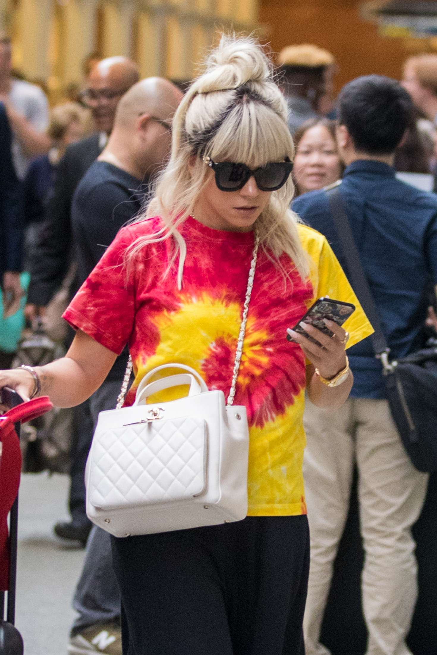 Lily Allen 2018 : Lily Allen: Arriving back in London -08