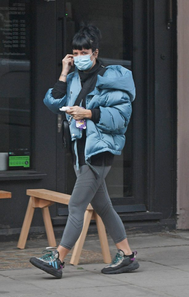 Lily Allen - In a poofy jacket leaving a nail salon in Orpington - London