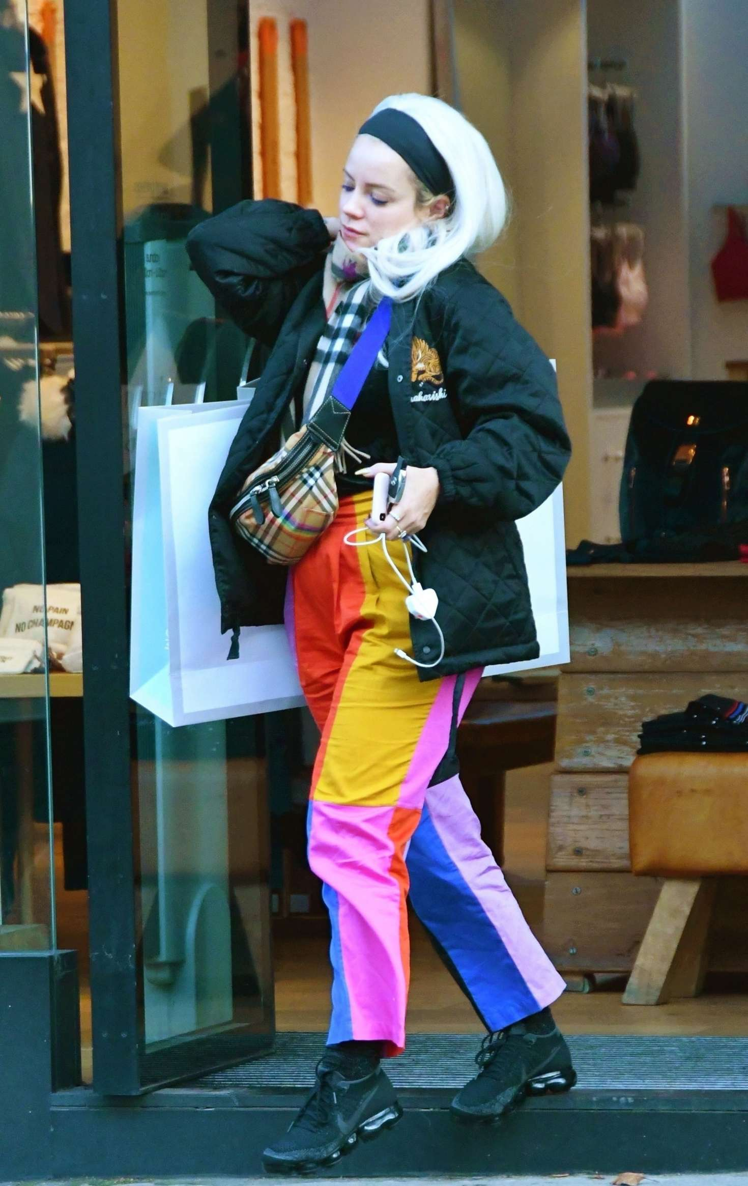 Lily Allen 2018 : Lily Allen in Colorful Pants -01
