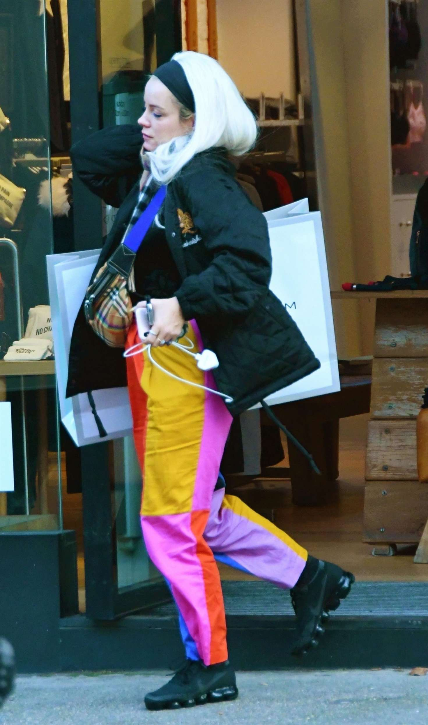 Lily Allen 2018 : Lily Allen in Colorful Pants -08