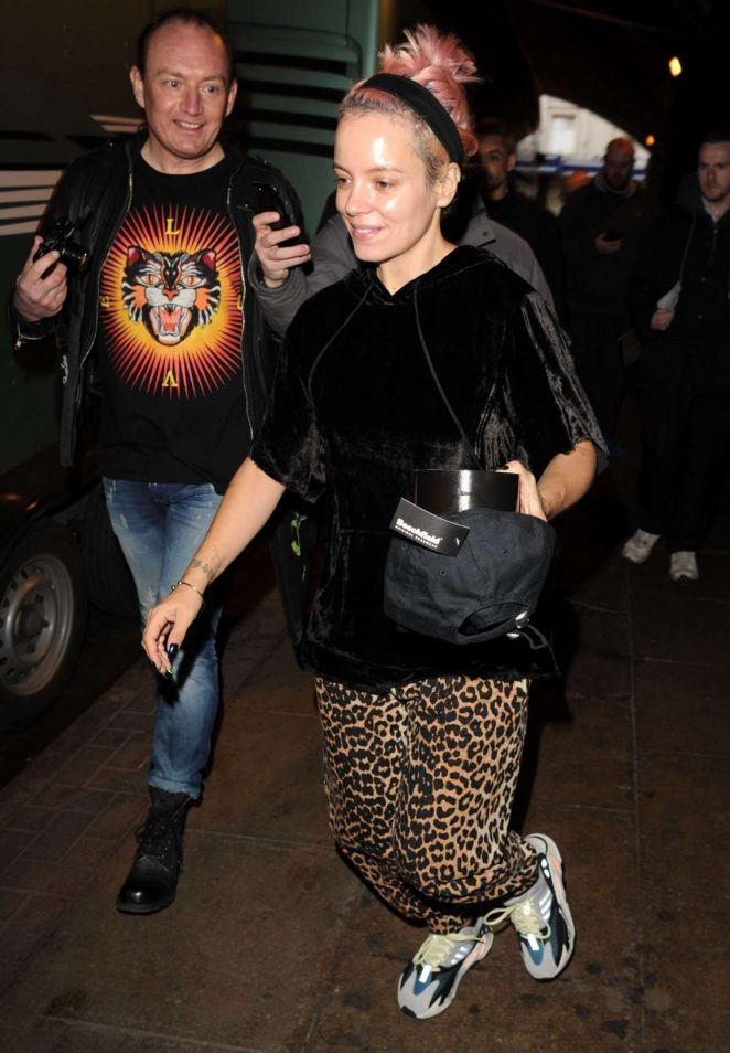 Lily Allen - Leaving the Gorilla in Manchester