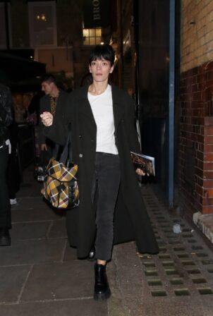 Lily Allen - Leaving the Noel Coward theatre in London