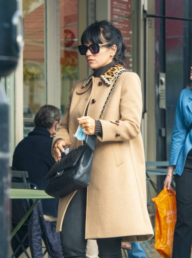 Lily Allen - Seen first time since her Las Vegas wedding in London