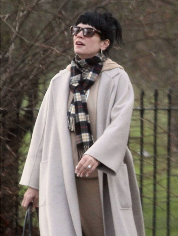 Lily Allen - Spotted in Hampstead - London