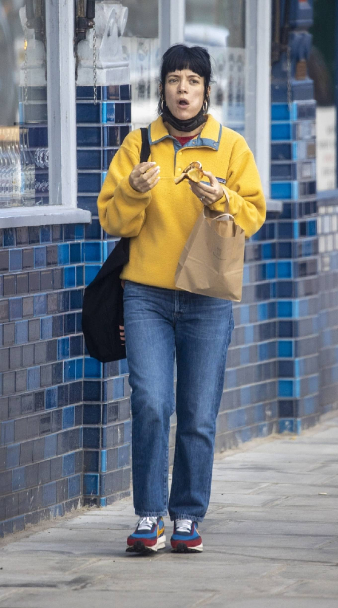 Lily Allen - Steps out around West London