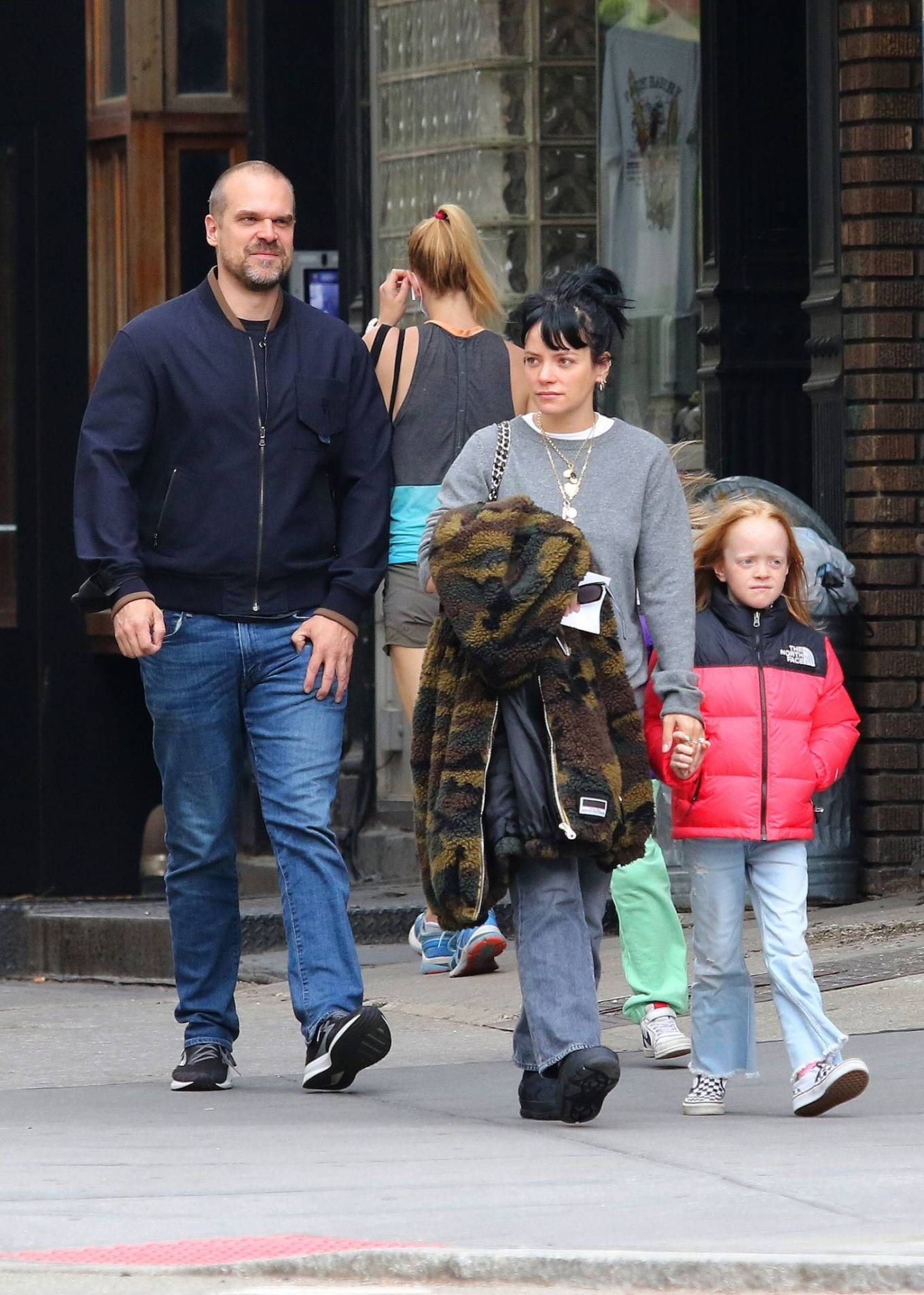 Lily Allen 2021 : Lily Allen – walk out with her family in Manhattan-07