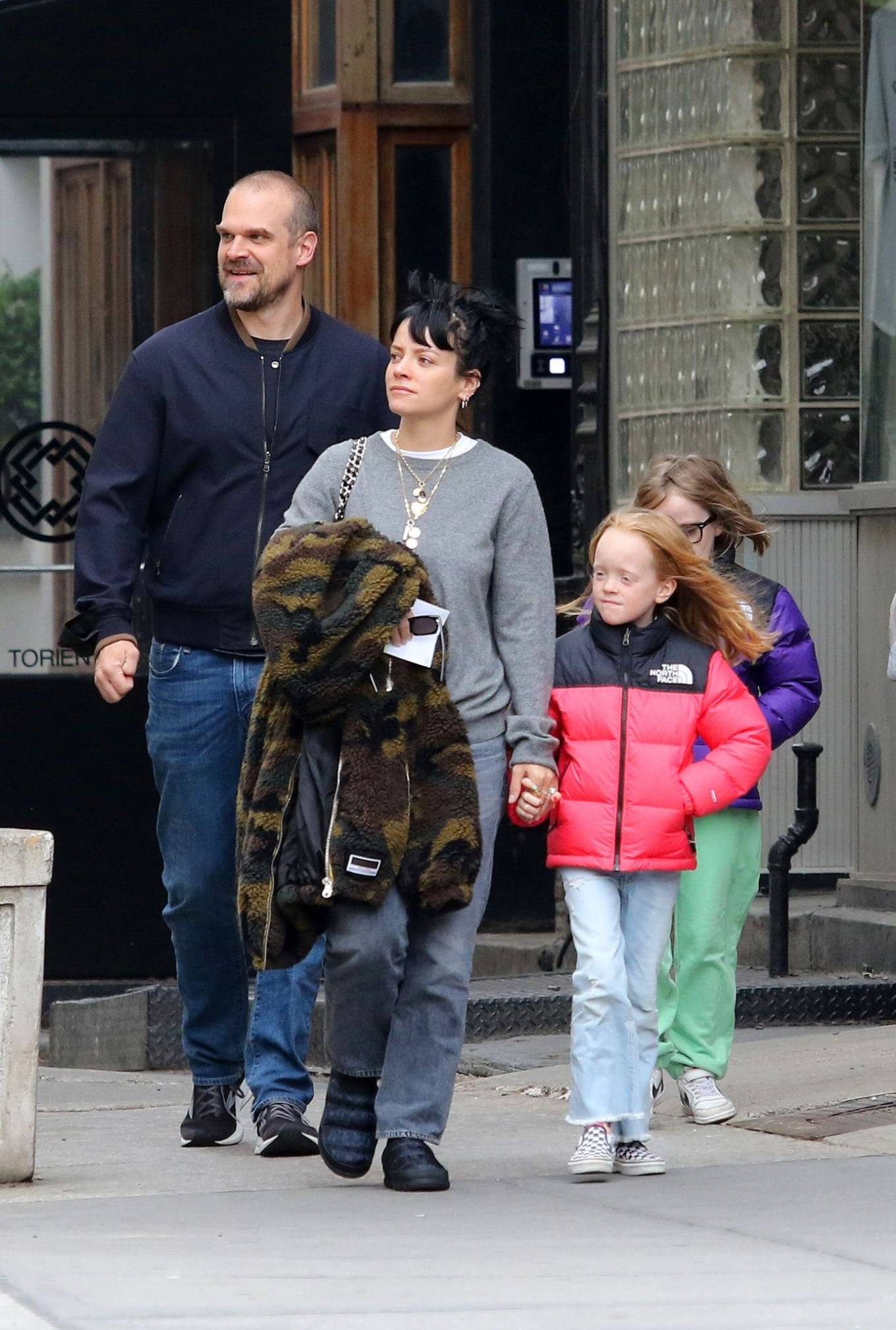 Lily Allen 2021 : Lily Allen – walk out with her family in Manhattan-09