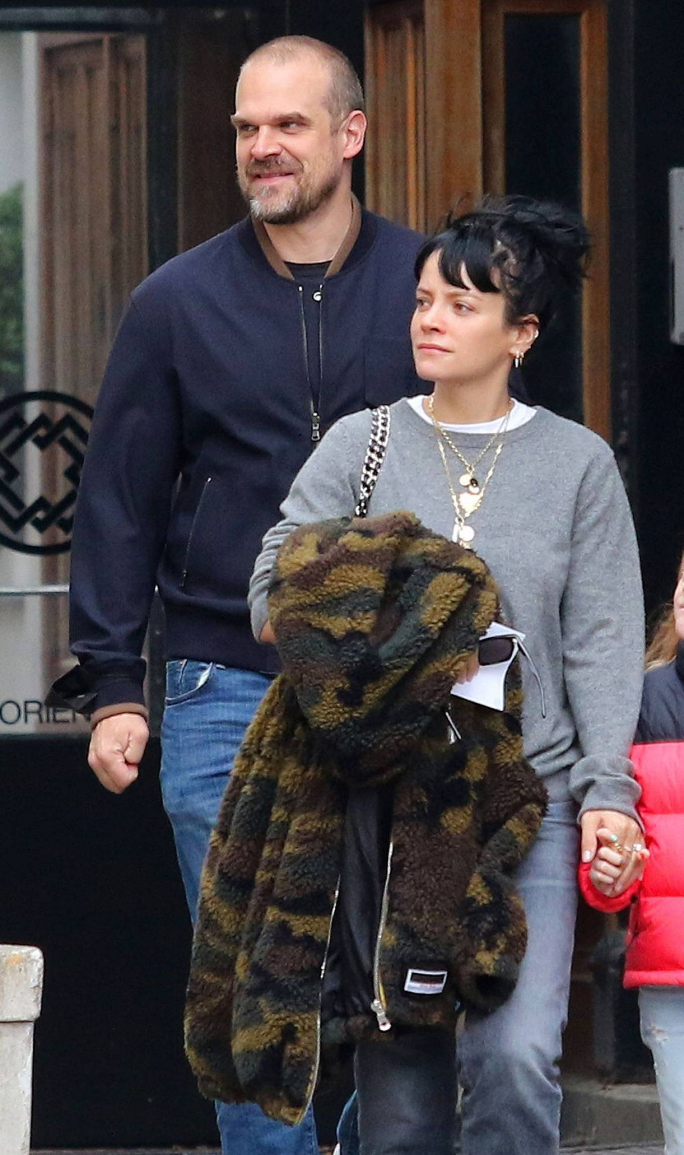 Lily Allen 2021 : Lily Allen – walk out with her family in Manhattan-10