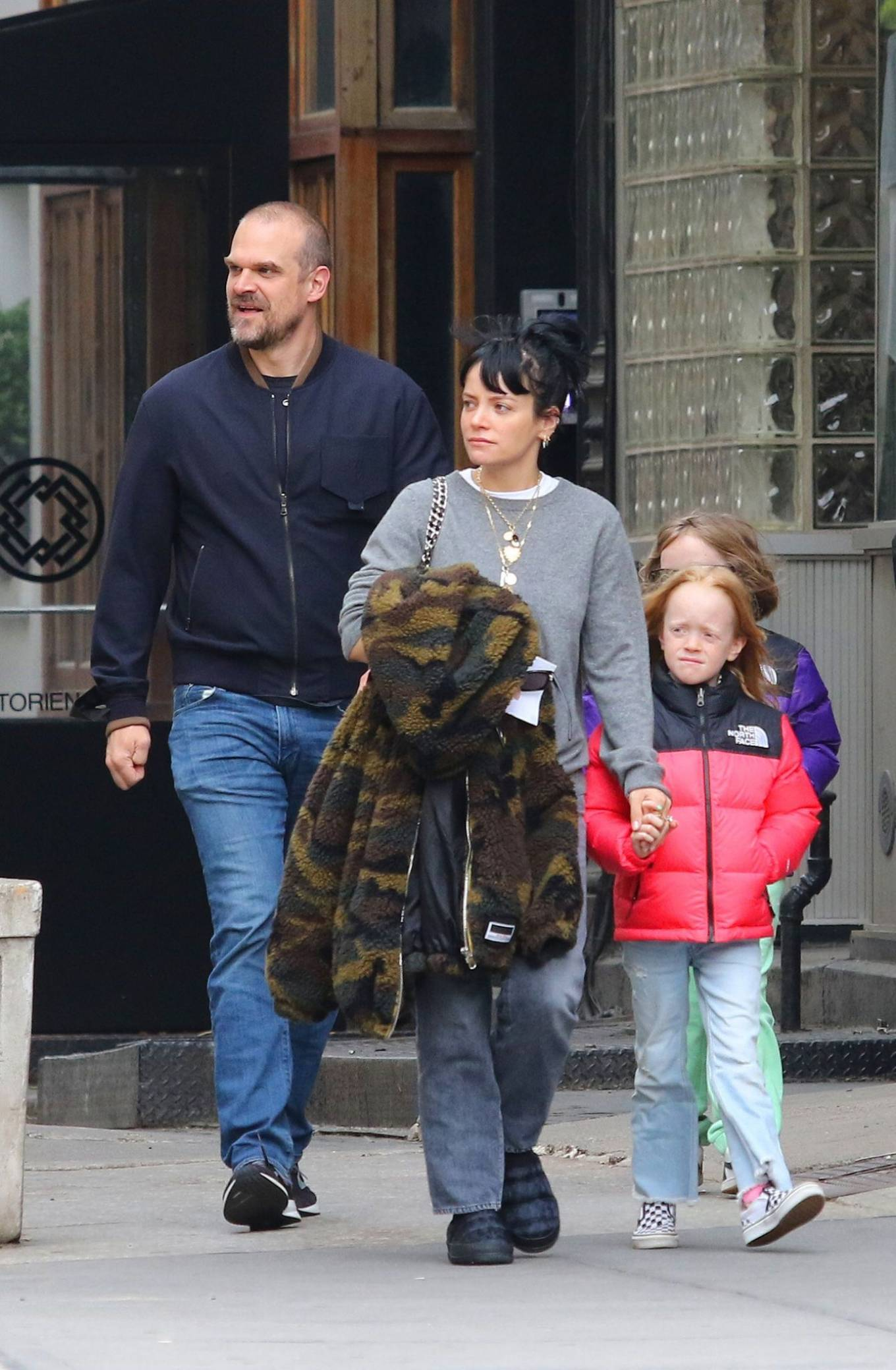 Lily Allen 2021 : Lily Allen – walk out with her family in Manhattan-13
