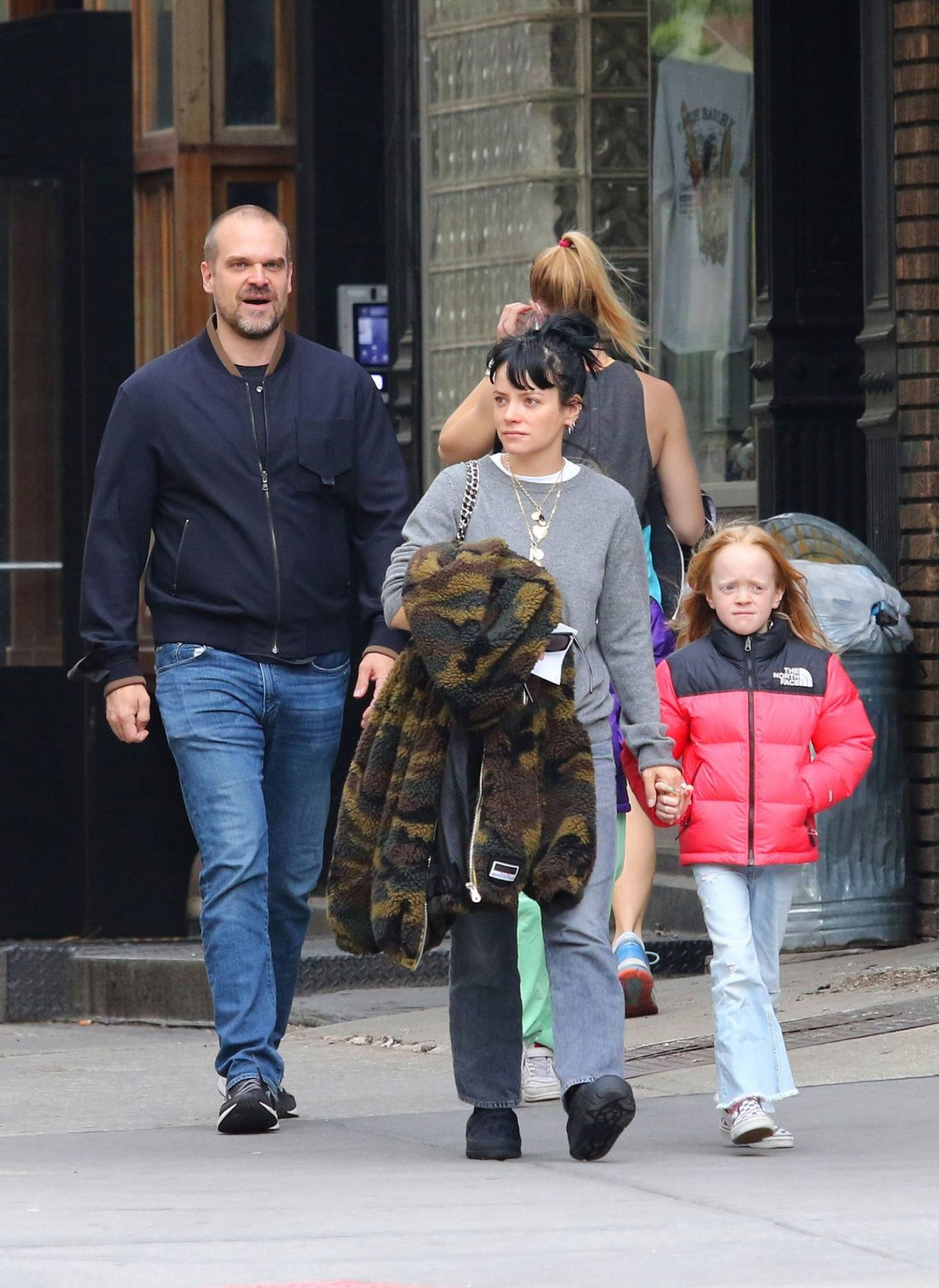 Lily Allen 2021 : Lily Allen – walk out with her family in Manhattan-14