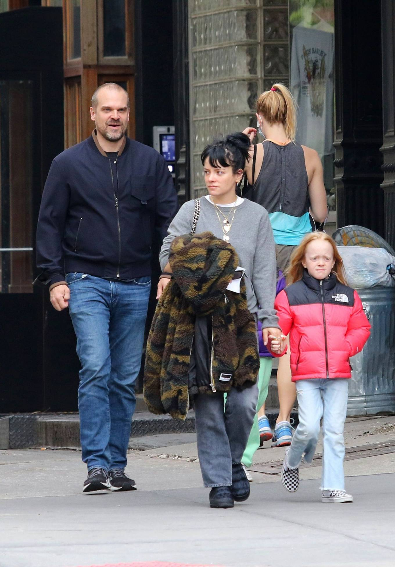 Lily Allen 2021 : Lily Allen – walk out with her family in Manhattan-15