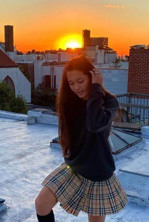 Lily Chee - Got social