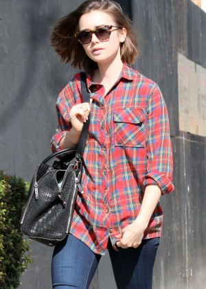 Lily Collins Arriving at spa in Beverly Hills