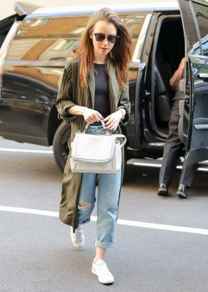Lily Collins - Dresses casual out in New York City