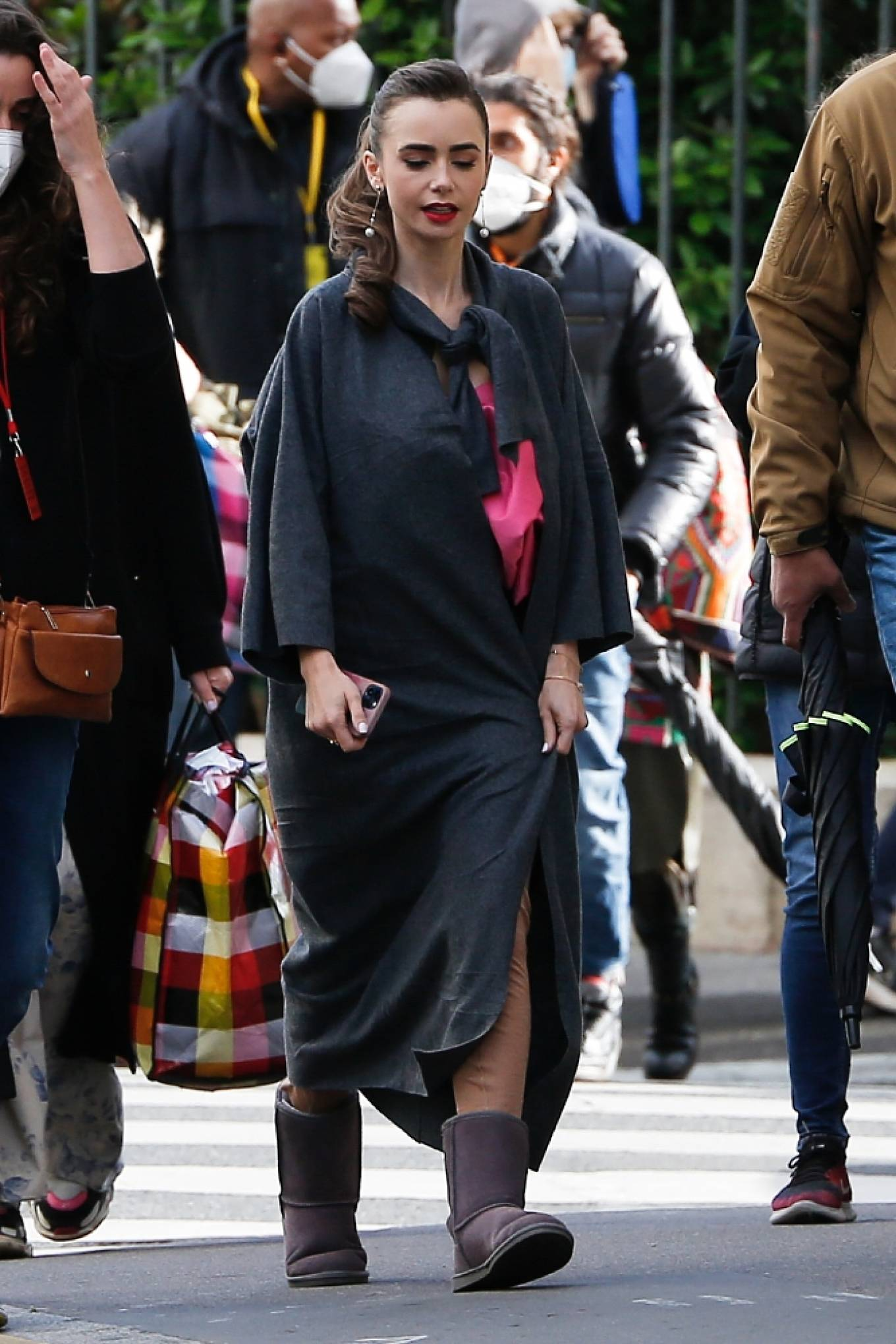 Lily Collins – Emily in Paris set in Paris-02