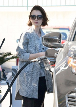 Lily Collins - Getting gas in Los Angeles