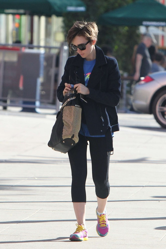 Lily Collins in Leggings Heading to the gym in West Hollywood