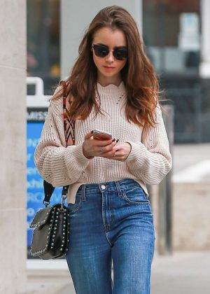 Lily Collins - Heads to the skin care salon in Beverly Hills